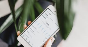 how to hide comments in instagram header image